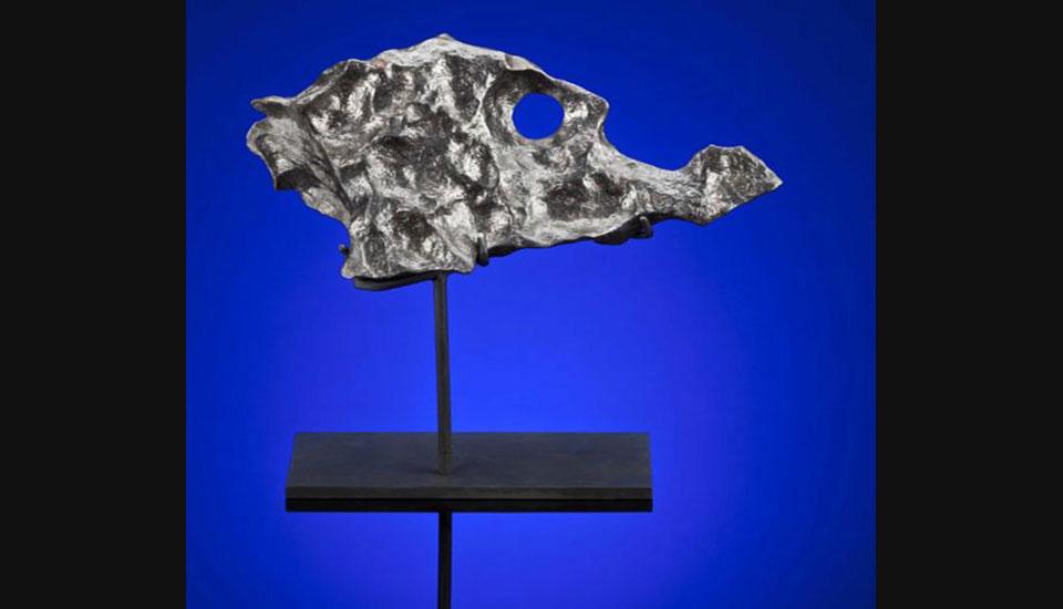 这块铁陨石源于火星与木星间的小行星带